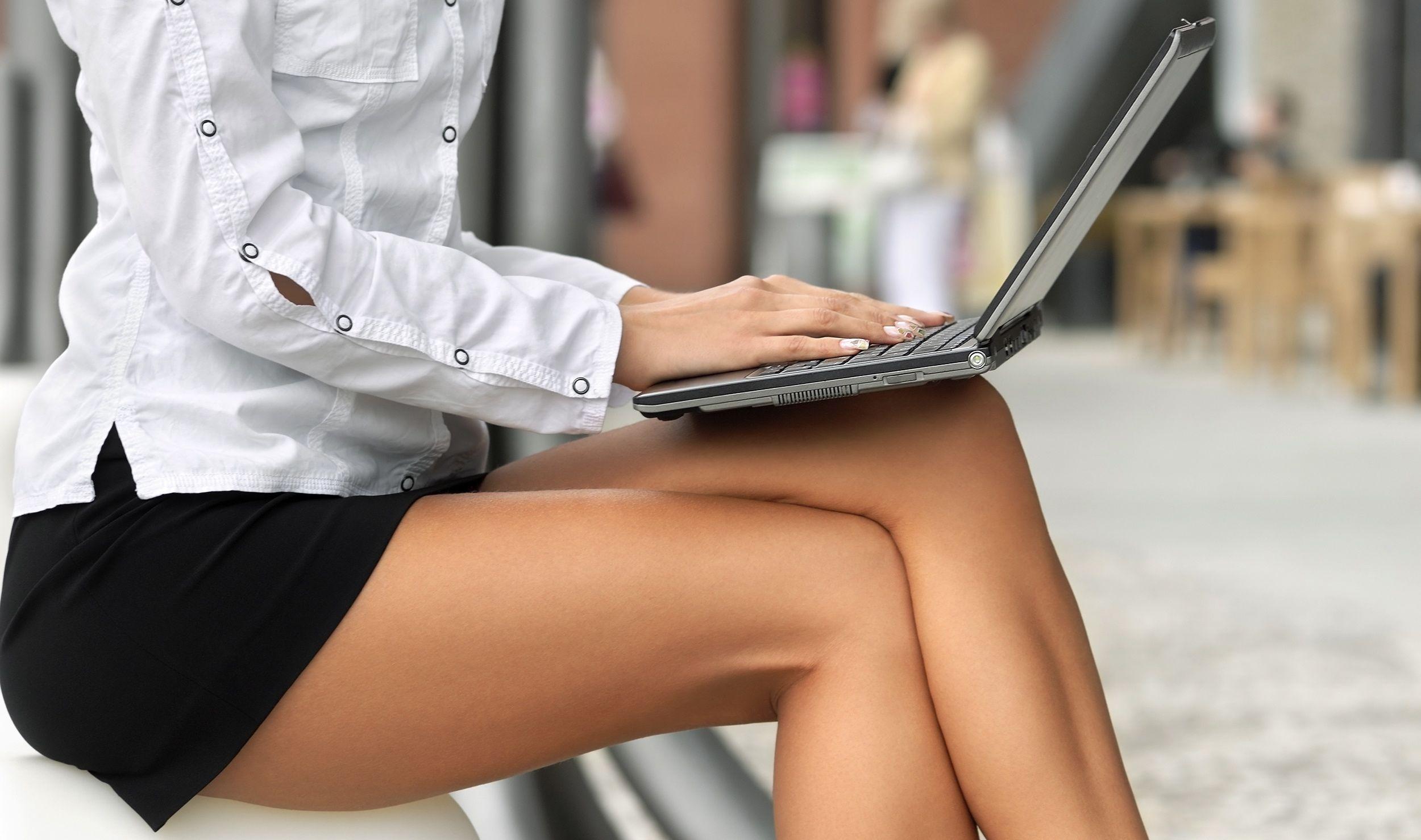 Фотографии женщина на коленях 19 фотография