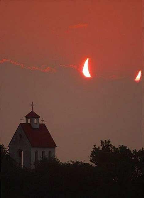 AHHHHHHHh. .. This wouldnt happen to be an ortodox church???