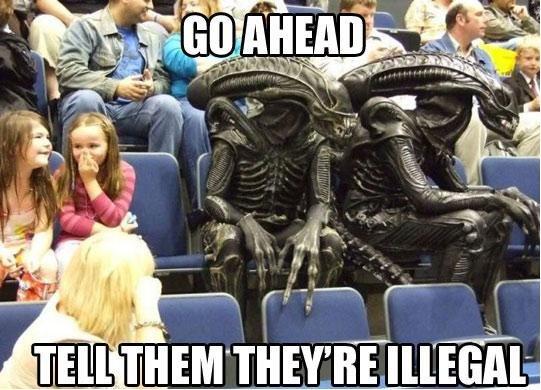 Aliens. . i! Mil P