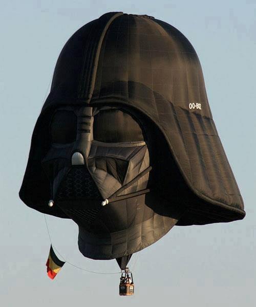 Amazing Vader Balloon. .. ....frickin germans haha