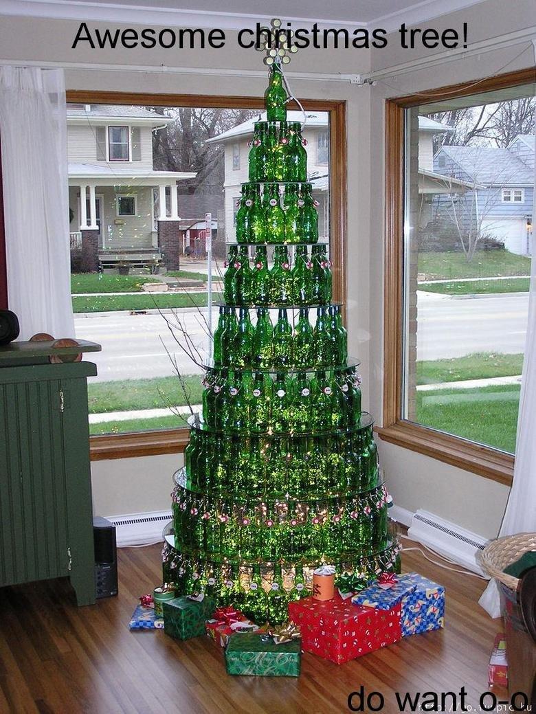 awesome christmas tree. do want (:.