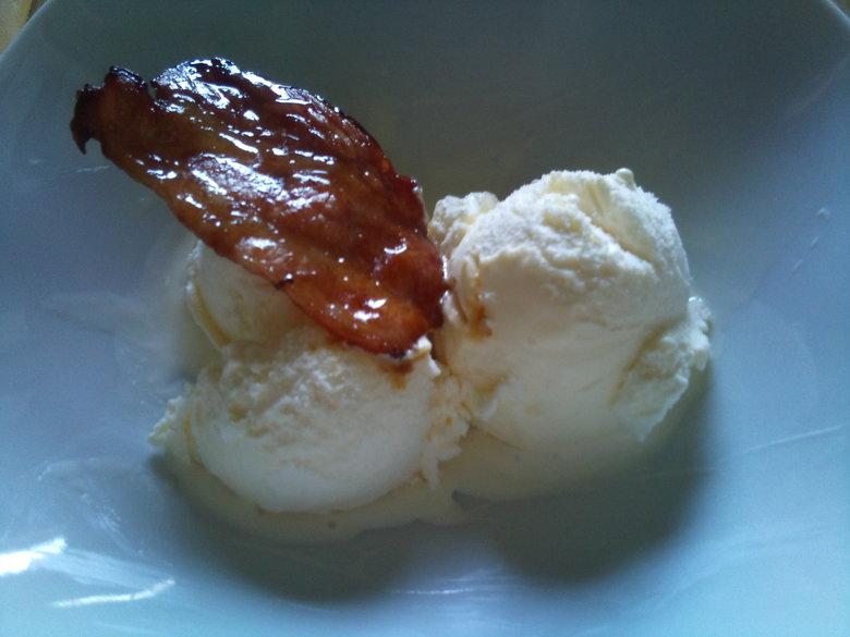 Bacon & Icecream. Caramelized bacon and icecream....... mmmmm.. looks like BAAAAAAALLS