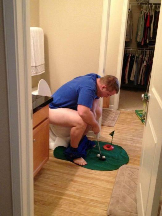 Bathroom Golf. .. ihavenoideawhatimdoing.jpg
