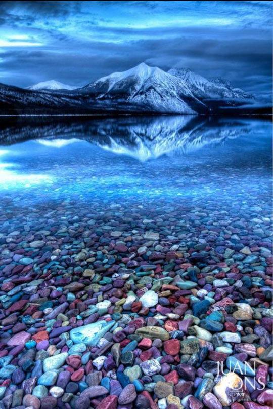 Beautiful Glacier National Park. So pretty.