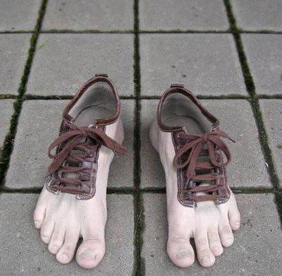 Slideshow: The Best Running Shoes for Flat Feet Slideshow