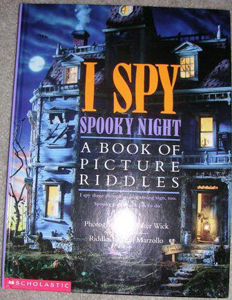 best.book.ever.. . f 'fit' '..tfil) ott NIGHT Iller. I STILL OWN THAT.