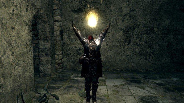 Da-da-da-daa!. You have found a severed hand!. dark souls Praise the Sun
