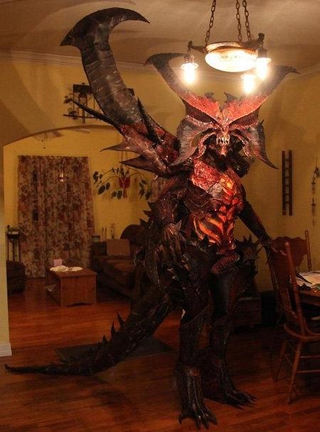 Diablo Costume Win. .