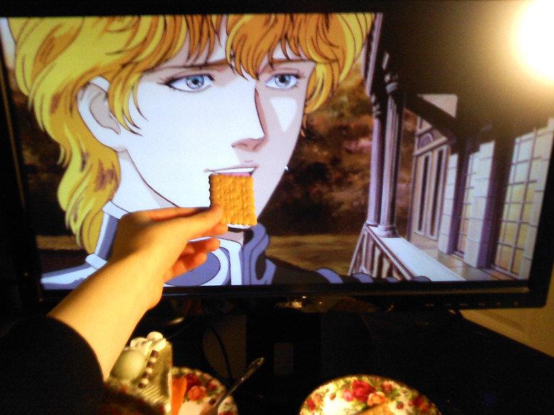 Eat something, Reinhard-Sama. .