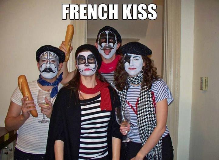 French kiss oui oui. oui.. I... WANNA HON-HON-HON ALL NIGHT AND BAGUETTE EVERY DAY.