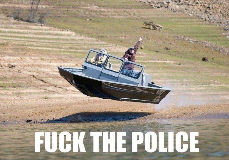 Fuck the Police. . an THE Fritt'