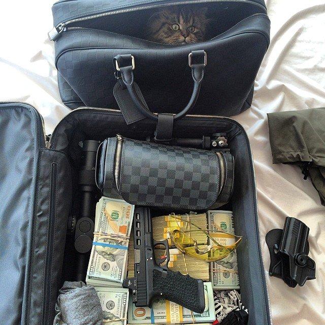 Going to Vegas.... Going to Vegas... www.youtube.com/user/vaaycaninaa twitter.com/FanBilzerian.. What you really need in vegas Going to Vegas