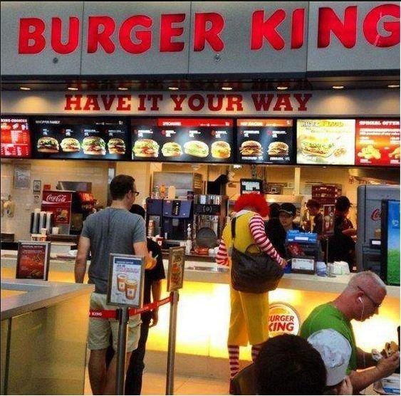Hello Ronald McDonald. whatcha doooin.