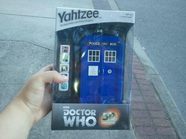 HEY Guys. Look what I Got :D. Doctor Who Yahtzee Bitches. Doctor Who Yahtzee
