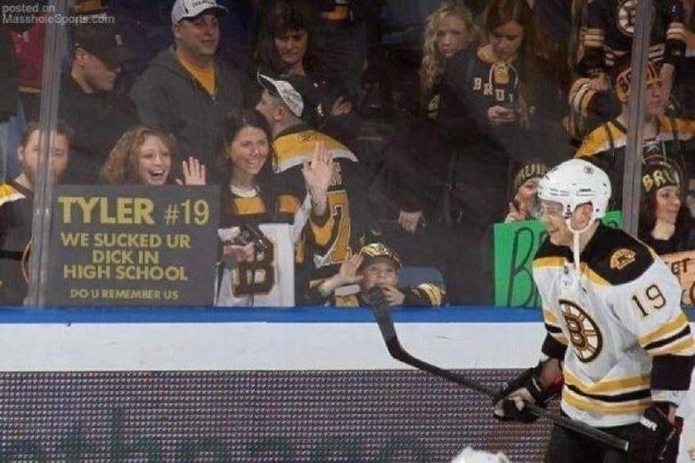 hockey creativity. lol. F} talk IN.. REPOST!