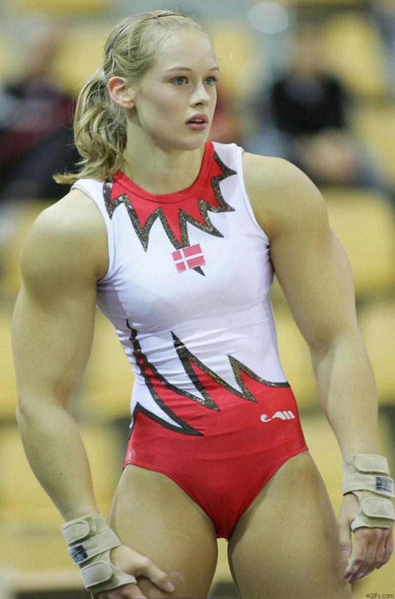 Huge Gymnist. This Gymnist is so buff!