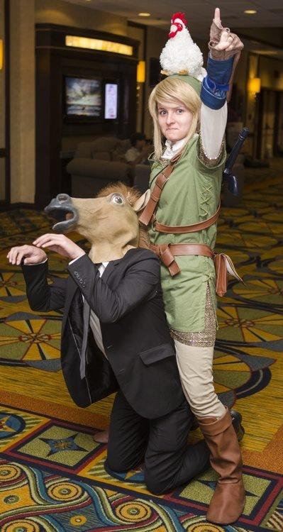 Link and Sarah Jessica Parker. and chickens.. Its Zelda and SJP. link Not Zelda