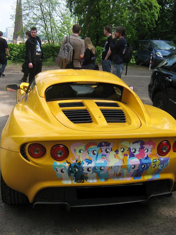 MLP Car. .. <- Not amused MLP fim car