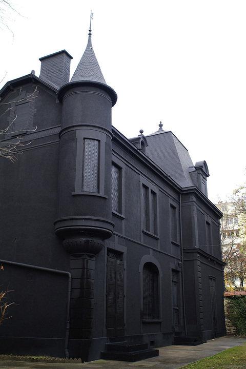 my home is my black fuckin castle. .. Enjoy summer mornings