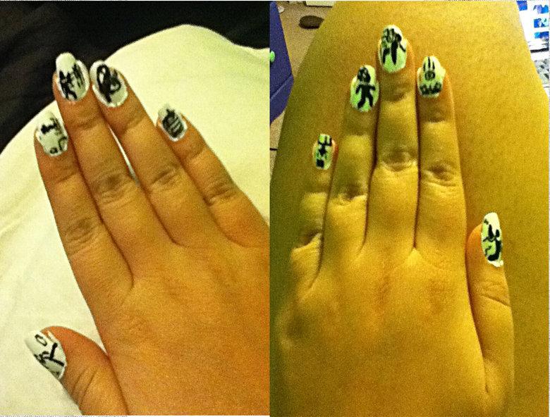 Portal nails. My friend said fj might like this so i said wtf lets upload So here are my portal nails 100% OC btw.. lol portal nails fin