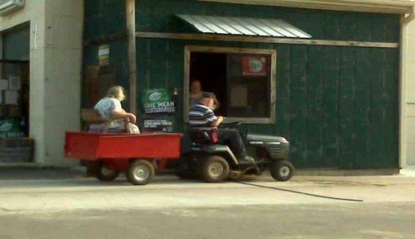 Redneck Drive Thru. .. PURE AWESOMENESS!