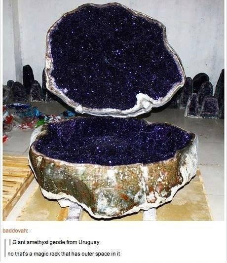 rock. . Giant made mam Uruguay nu mars an magic ruck cuter space in it