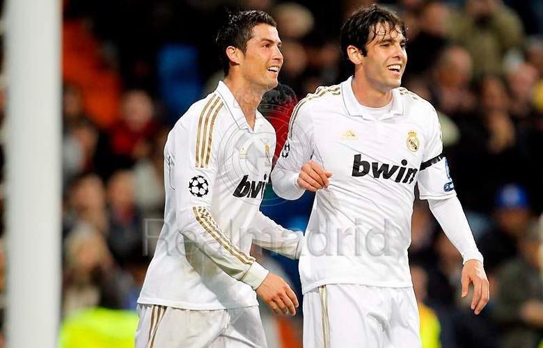 Ronaldo And Kaka. Tribute to Ronaldo and Kaka. Simply nobody sets up Ronaldo and has better chemistry with then Kaka. Hala Madrid.
