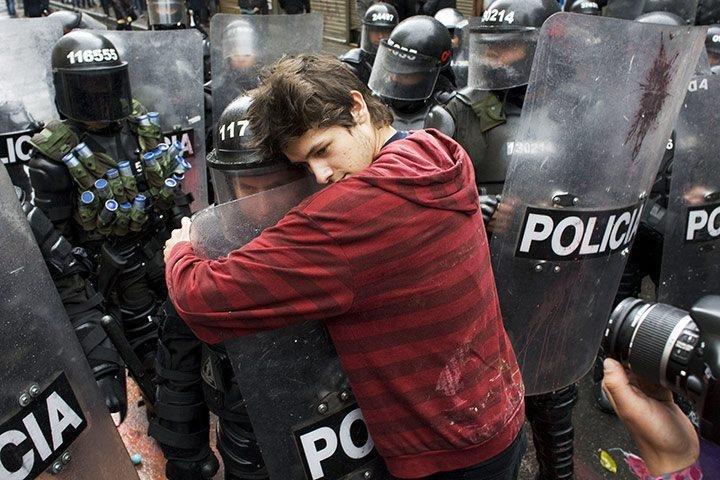shhh just trust me. .. His helmet says 117. police