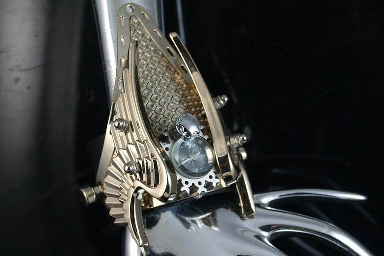 Steampunk watch. .. The original steam-punk watch...