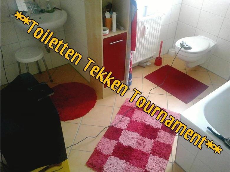 Toiletten Tekken Tournament. see title.