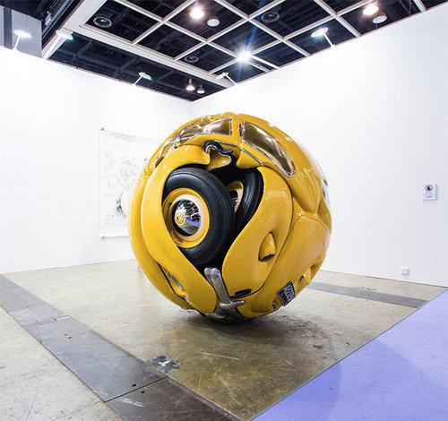 VW ball. .. , this belongs into morbid channel.