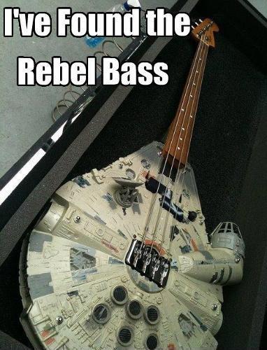 WANT.. Hi ;).. <MBW rebel bass star wars