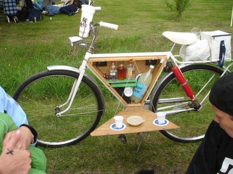 "nice bike. .. That's a nice bike, would be a shame if someone....""borrowed"" it...."