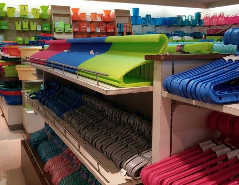 row of hangers. MMMmmmm I just wanna take one and flip it around.