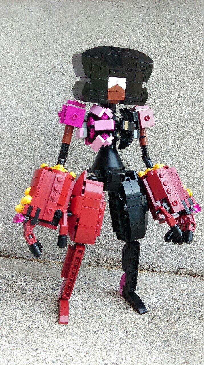 LEGO GARNET